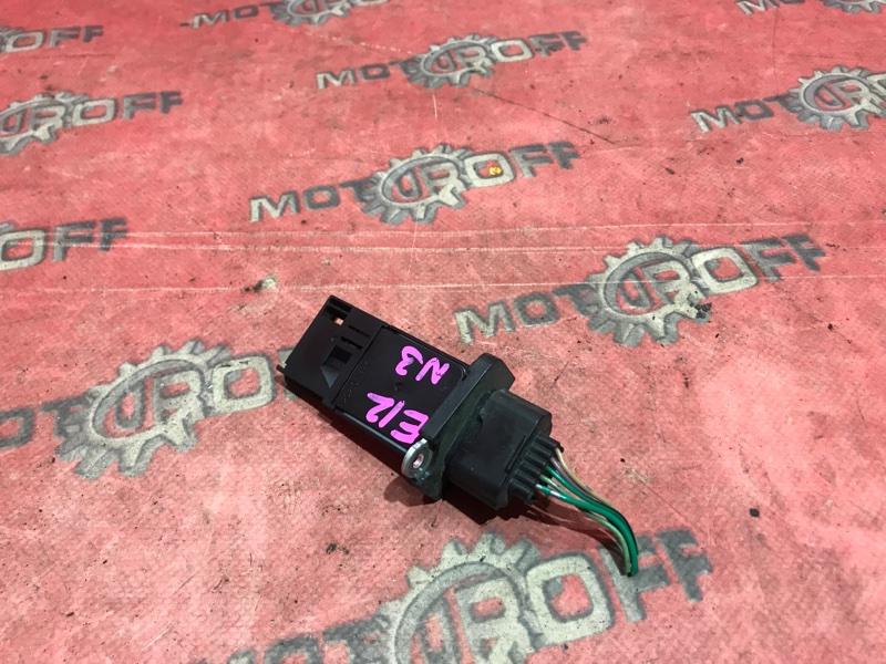 Расходомер (датчик расхода воздуха) Nissan Note E12 HR12DE 2012 (б/у)