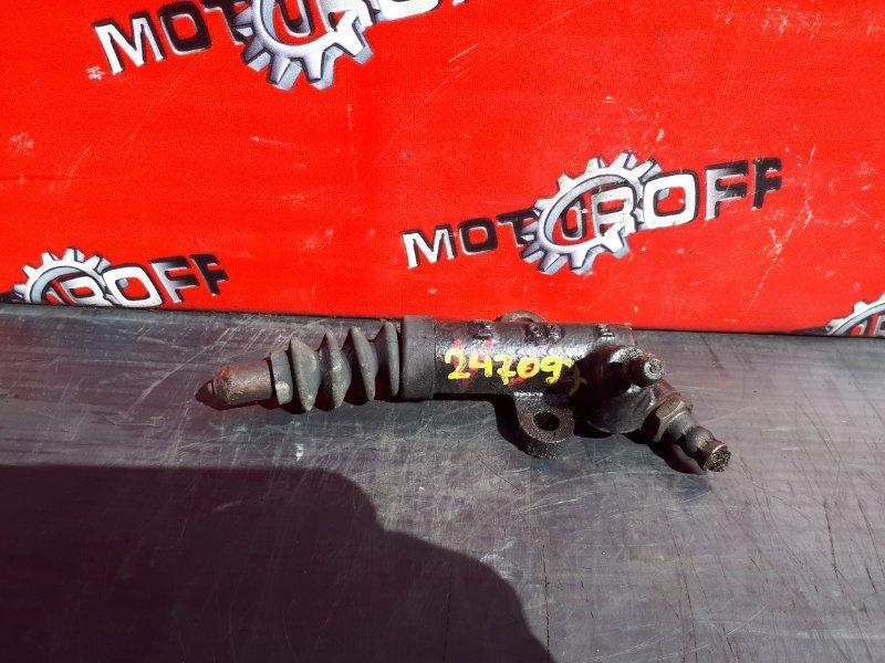 Рабочий цилиндр сцепления Mazda Bongo SE28T R2 1990 (б/у)