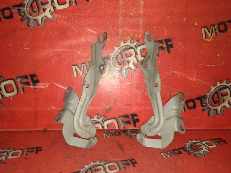 Кронштейн капота Mazda Axela BK5P ZY-VE 2003 (б/у)
