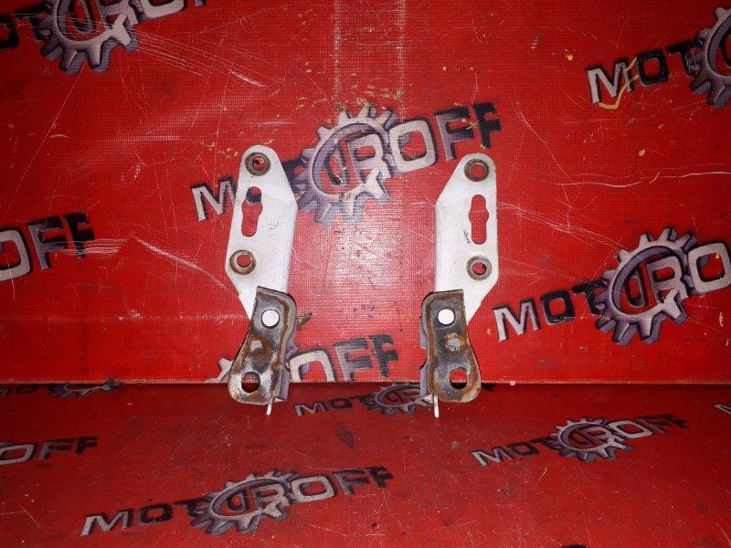 Кронштейн капота Honda Hr-V GH3 D16A 1998 (б/у)