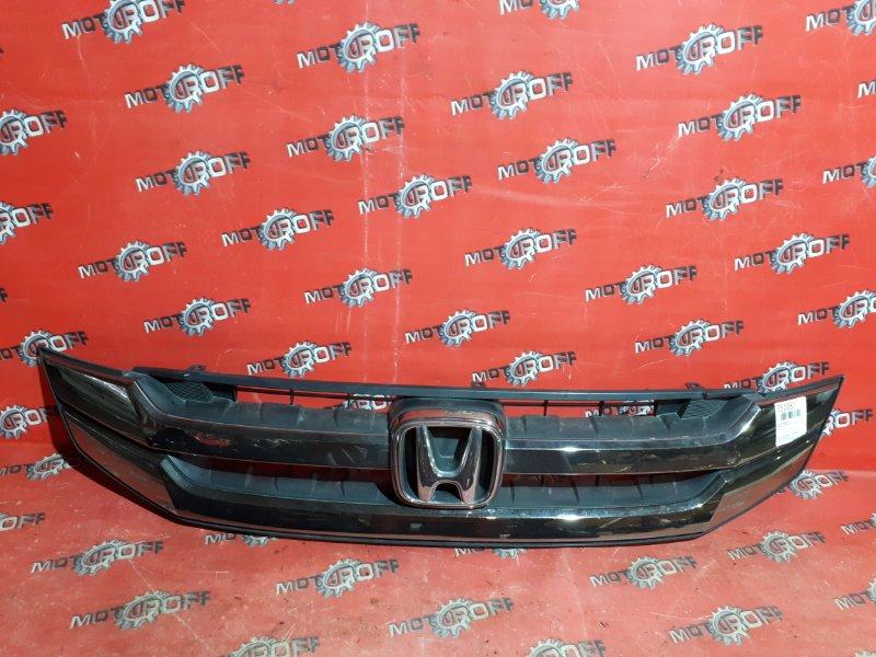 Решетка радиатора Honda Stepwgn RG1 K20A 2007 (б/у)