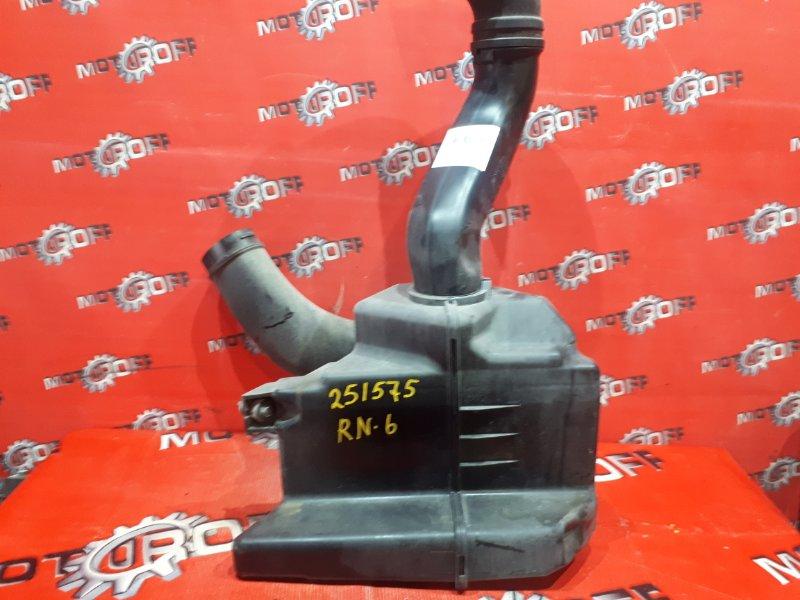 Резонатор воздушного фильтра Honda Stream RN6 R18A 2006 (б/у)
