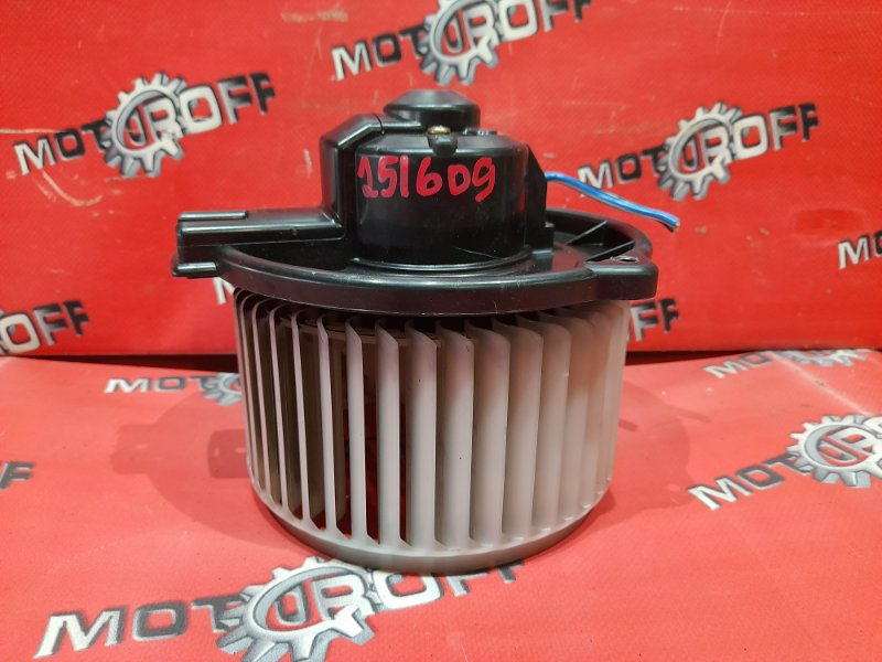 Вентилятор (мотор отопителя) Toyota Ipsum ACM21W 2AZ-FE 2001 (б/у)