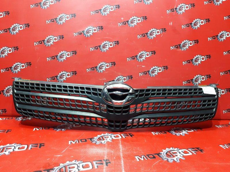 Решетка радиатора Toyota Corolla Spacio NZE121N 1NZ-FE 2001 (б/у)