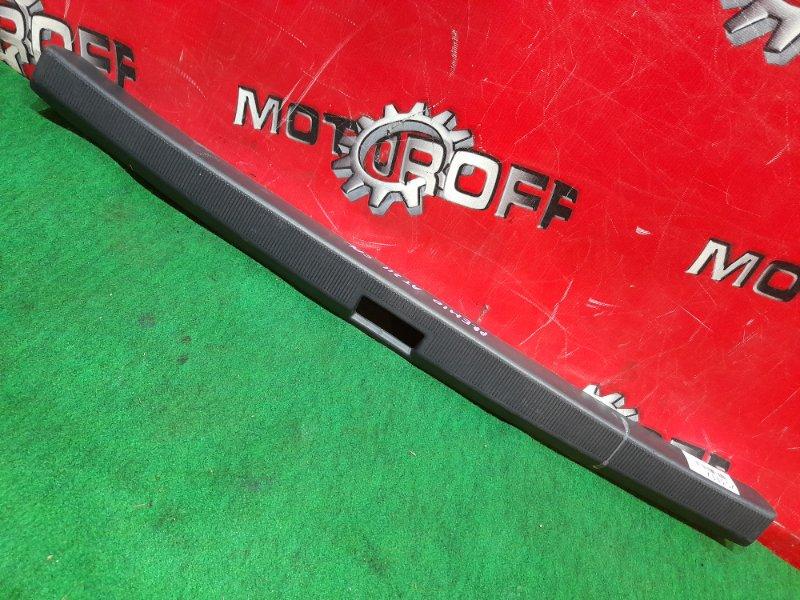 Накладка багажника Toyota Corona Premio ST210 3S-FSE 1996 задняя (б/у)
