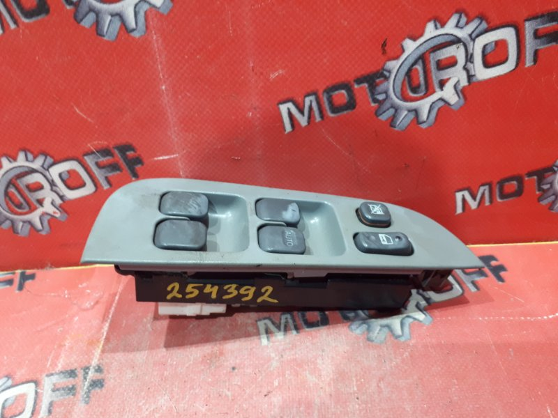 Блок управления стеклоподъемниками Toyota Raum EXZ10 5E-FE 1997 правый (б/у)