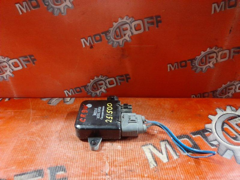 Блок управления вентилятором охлаждения Mitsubishi Dion CR6W 4G94 2000 (б/у)