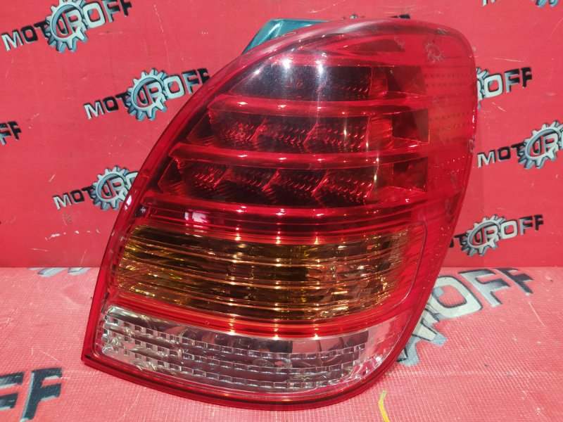 Фонарь (стоп-сигнал) Toyota Corolla Spacio NZE121N 1NZ-FE 2001 задний правый (б/у)