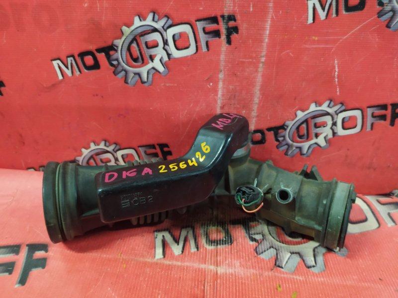 Патрубок воздушного фильтра Honda Domani MB3 D16A 1997 (б/у)