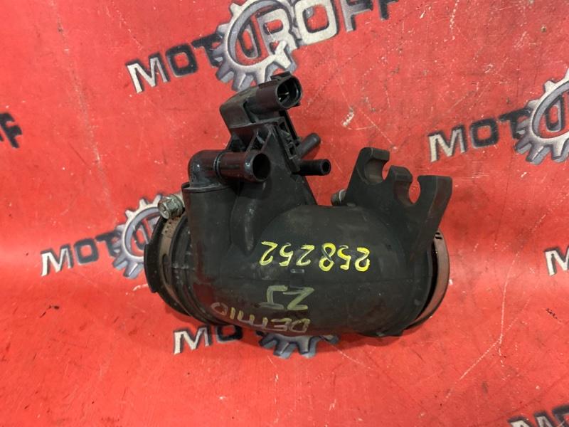 Патрубок воздушного фильтра Mazda Demio DE3FS ZJ-VE 2007 (б/у)