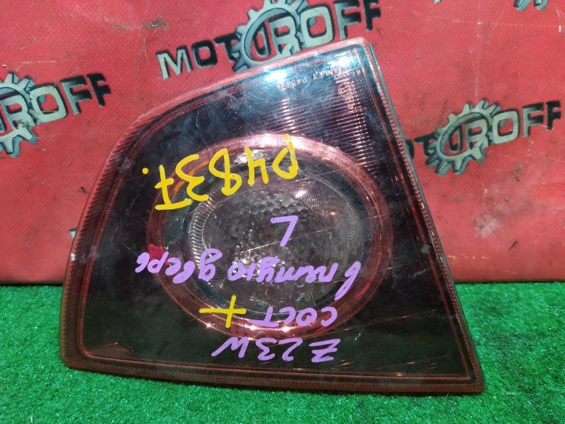 Фонарь (вставка багажника) Mitsubishi Colt Z23W 4G15 2002 задний левый (б/у)