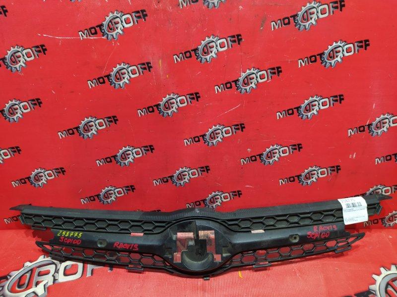 Решетка радиатора Toyota Ractis SCP100 2SZ-FE 2005 (б/у)
