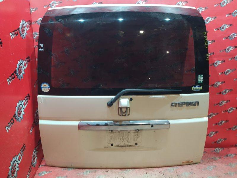 Дверь задняя багажника Honda Stepwgn RF3 K20A 2001 задняя (б/у)