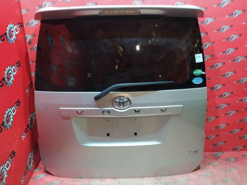 Дверь задняя багажника Toyota Voxy ZRR70G 3ZR-FE 2007 задняя (б/у)