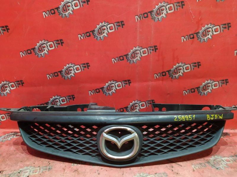 Решетка радиатора Mazda Familia S-Wagon BJFW FS-ZE 1998 (б/у)