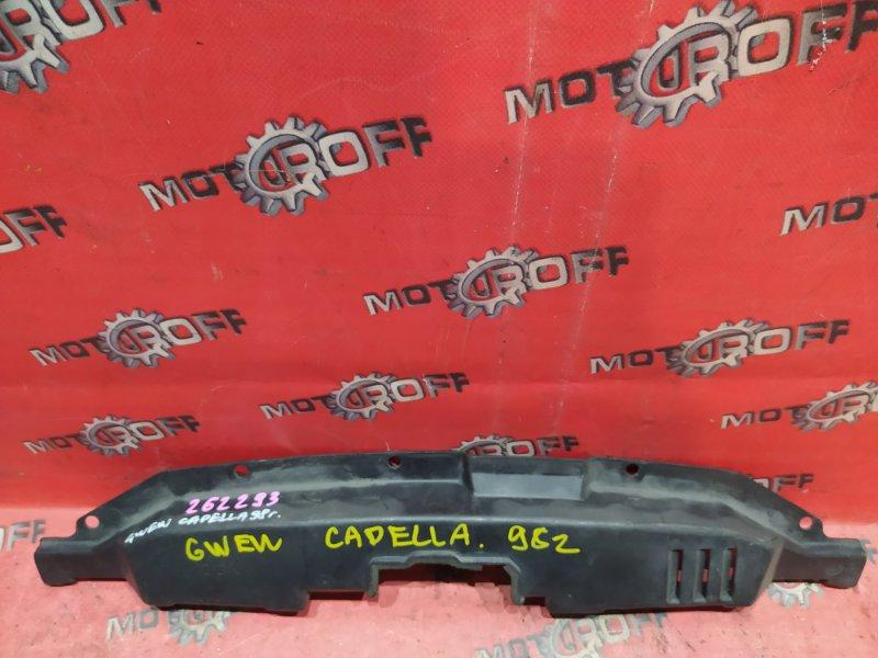 Накладка на решетку радиатора Mazda Capella GW8W FP-DE 1997 (б/у)