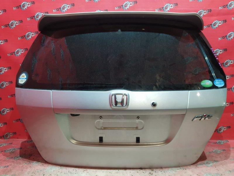 Дверь задняя багажника Honda Fit GD1 L13A 2001 задняя (б/у)