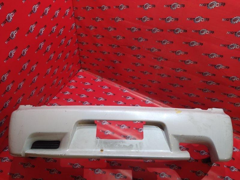 Бампер Mitsubishi Lancer Cedia CS5W 4G93 2000 задний (б/у)