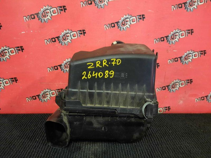 Корпус воздушного фильтра Toyota Voxy ZRR70G 3ZR-FE 2007 (б/у)