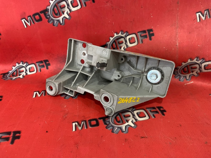 Клипса крепления фары Mazda Demio DW3W DW3W 1999 передняя левая (б/у)