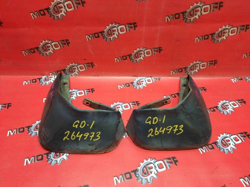 Брызговик Honda Fit GD1 L13A 2001 задний (б/у)