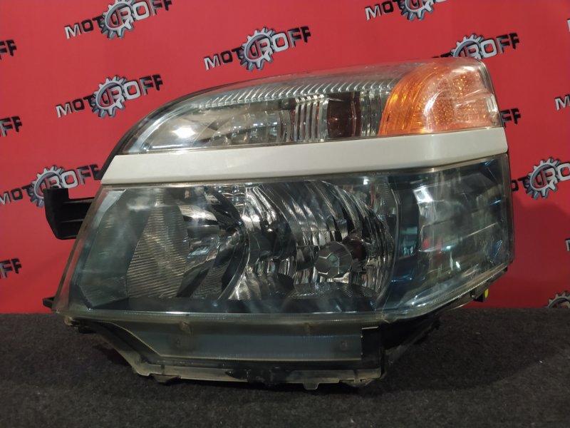 Фара Toyota Voxy AZR60G 1AZ-FSE 2001 передняя левая (б/у)
