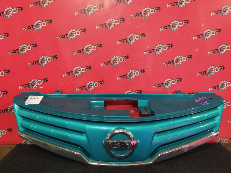 Решетка радиатора Nissan Note E11 HR15DE 2008 (б/у)