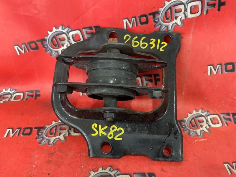 Подушка двигателя Mazda Bongo SK82TN F8 1999 задняя (б/у)