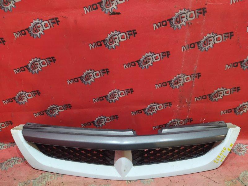 Решетка радиатора Nissan Wingroad WFY11 QG15DE 1999 (б/у)