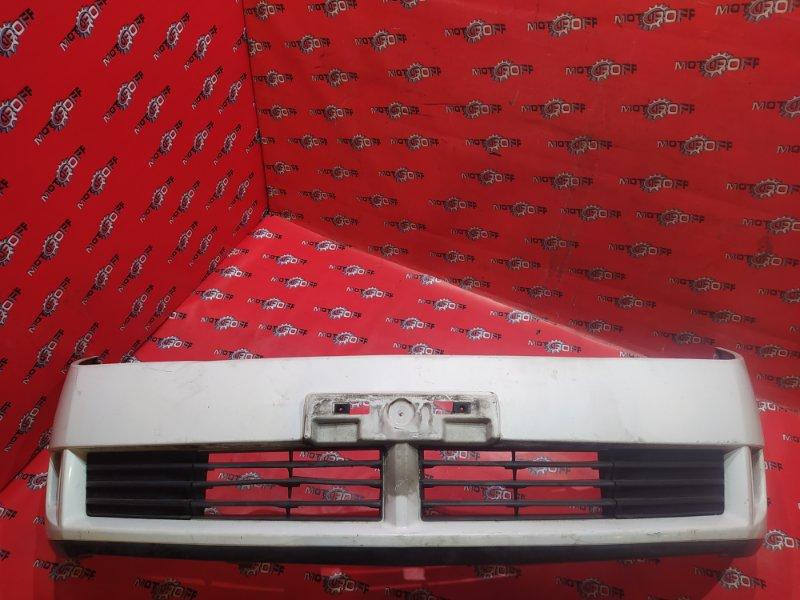 Бампер Nissan Wingroad WFY11 QG15DE 2001 передний (б/у)