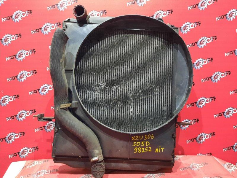 Радиатор двигателя Toyota Dyna XZU306 S05D 2006 (б/у)