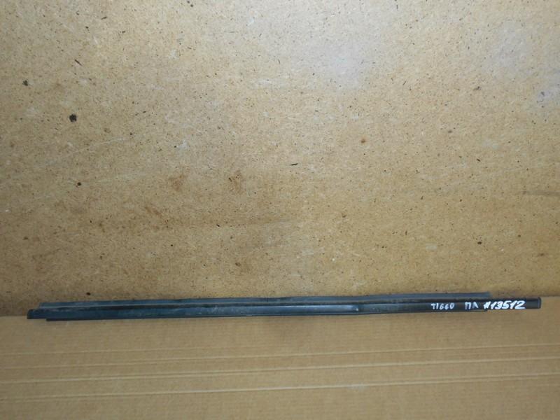 Молдинг-уплотнитель стекла двери (бархотка) Chery Tiggo 2006-2016 SQR481FC ( 1800CC ) 2008 передний левый