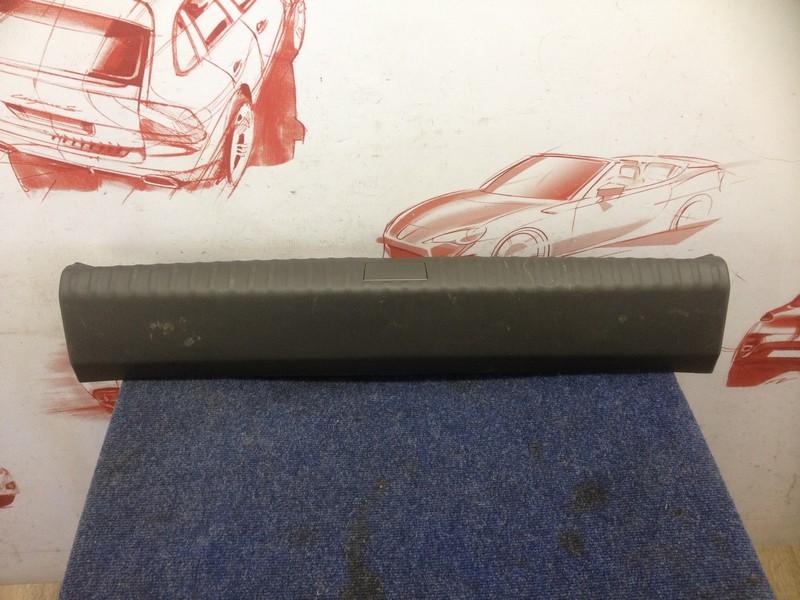 Обшивка багажника - панель задка Chevrolet Cobalt