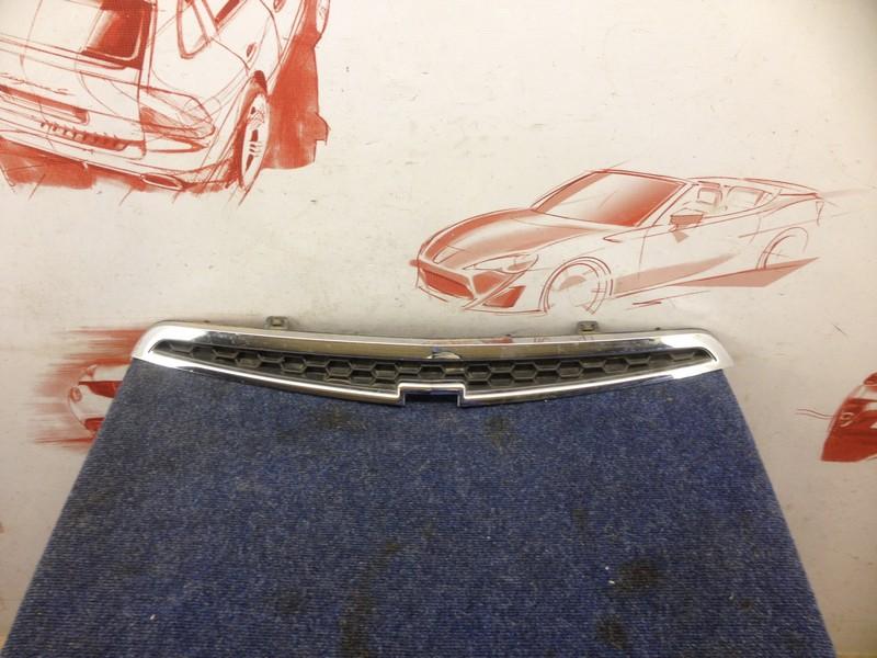 Решетка радиатора Chevrolet Spark 2010-2015 верхняя