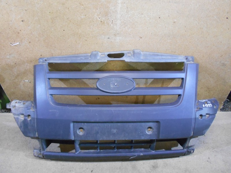 Решетка радиатора Ford Transit (2006-2013)