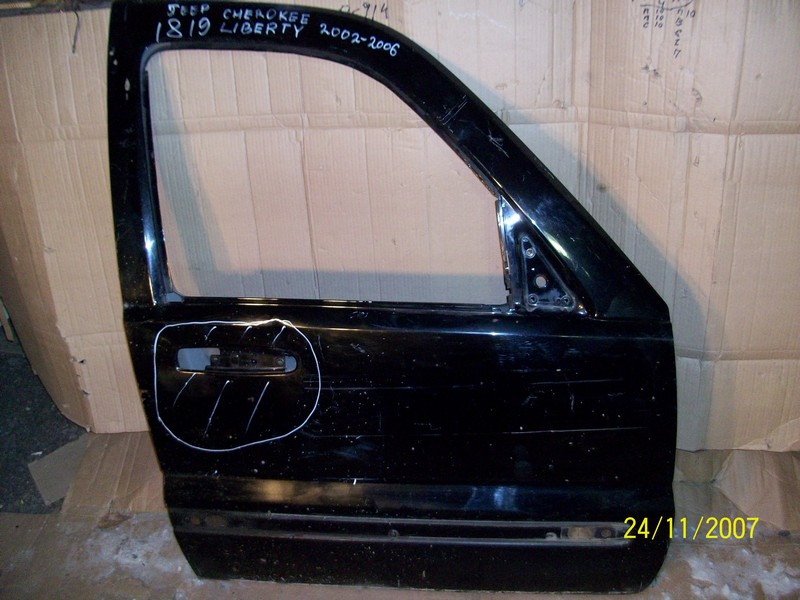 Дверь передняя правая Jeep Cherokee (Kj) / Liberty (Kj) 2001-2007