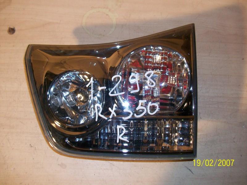 Фонарь правый - вставка в дверь / крышку багажника Lexus Rx -Series 2003-2009