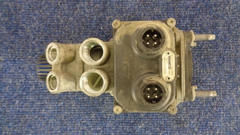 Клапан тормозной системы Mercedes Truck (Грузовые И Коммерческие) Actros