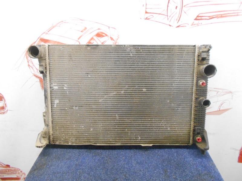 Радиатор охлаждения двигателя Mercedes C-Klasse (W204) 2007-2015