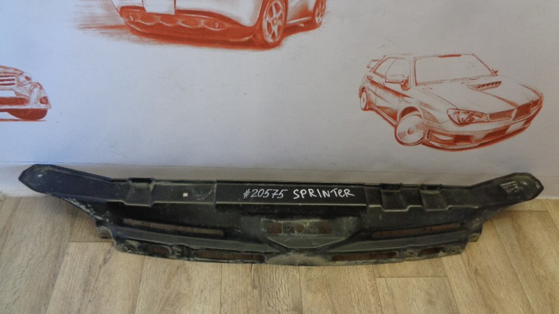 Панель передка (телевизор) - полка замка капота Mercedes Truck (Грузовые И Коммерческие)