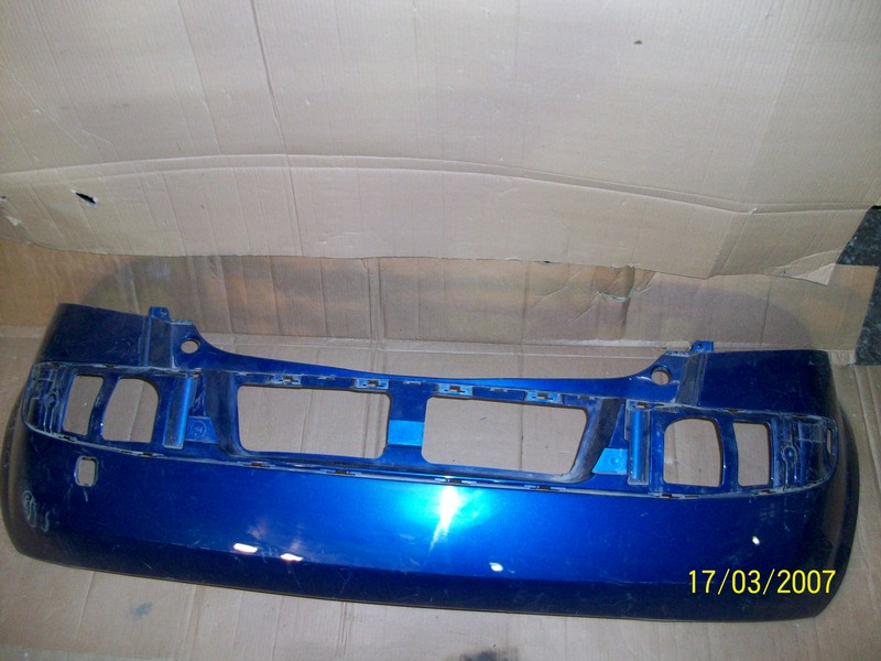 Бампер задний Renault Megane (2002-2009)