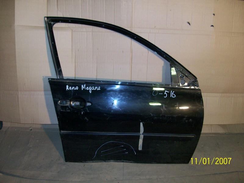 Дверь передняя правая Renault Megane (2002-2009)