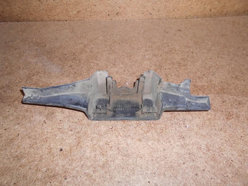 Пыльник замка капота Toyota Land Cruiser Prado 150 (2009-Н.в.)