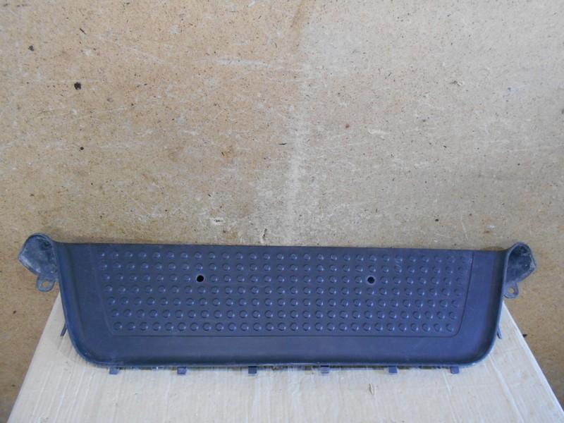 Подножка (накладка) бампера Volkswagen Amarok (2010-Н.в.) задняя