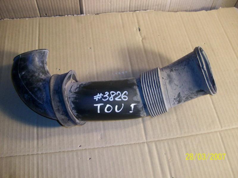 Воздуховод - патрубок системы впуска Volkswagen Touareg (2002-2010)