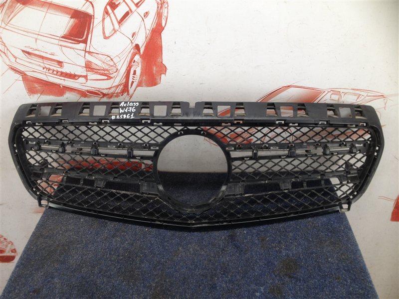 Решетка радиатора Mercedes A-Klasse (W176) 2012-2018