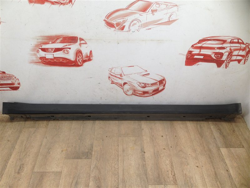 Накладка порога кузова - наружная облицовка Subaru Outback (B14) 2009-2015 правая