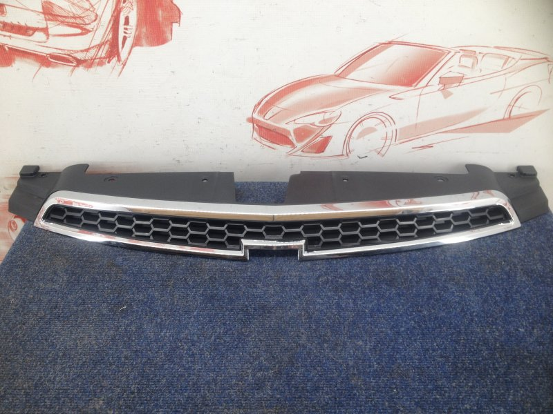 Решетка радиатора Chevrolet Cruze 2009 верхняя