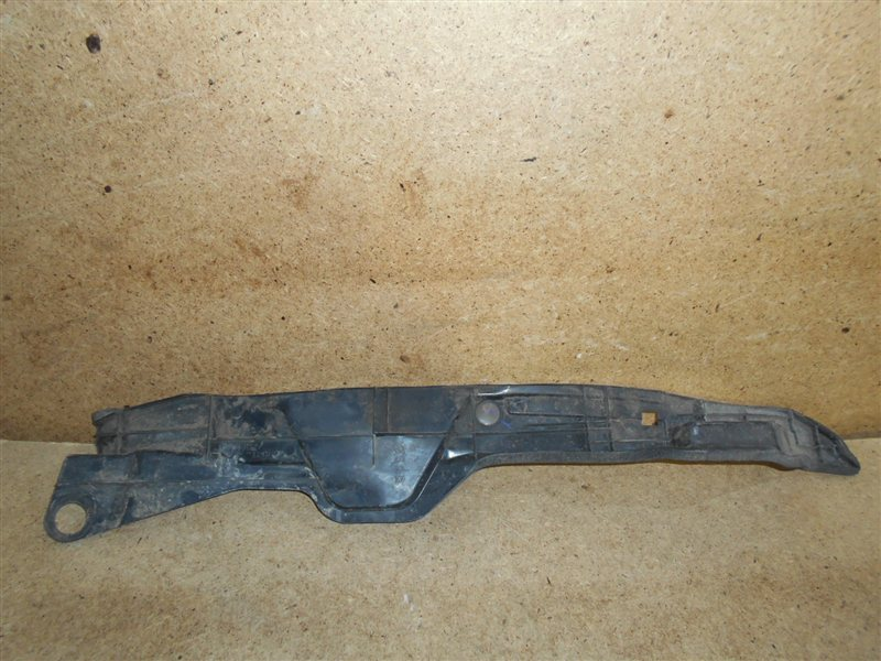 Пыльник (уплотнитель) крыла внутренний Toyota Corolla (E15_) 2006-2013 правый