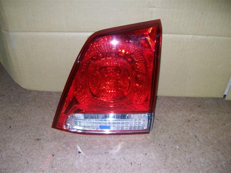 Фонарь правый - вставка в дверь / крышку багажника Toyota Land Cruiser 200 (2007-Н.в.) 2007